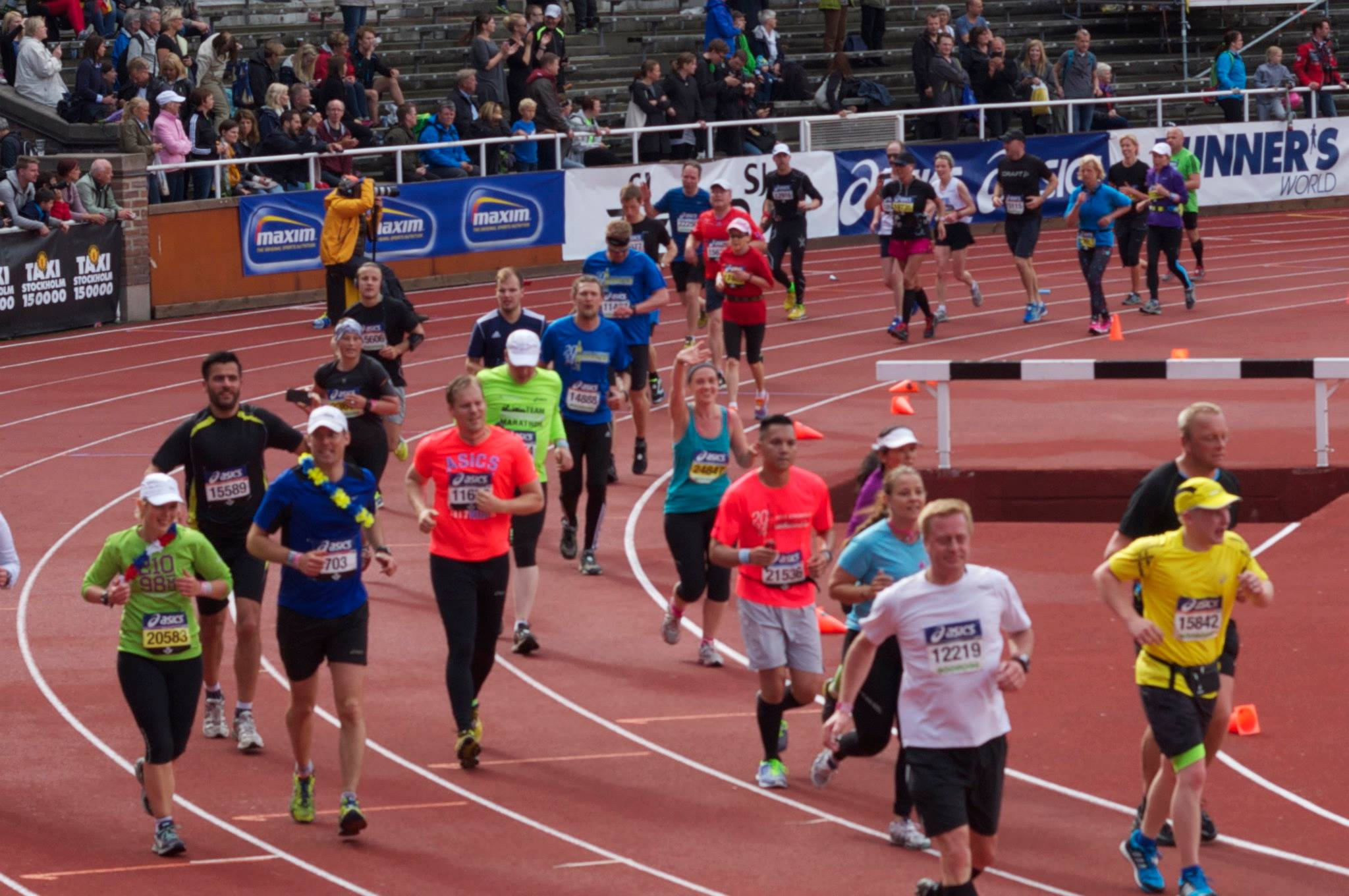 Anita running the marathon 2